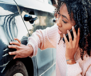 car insurance quotes - lady on the phone